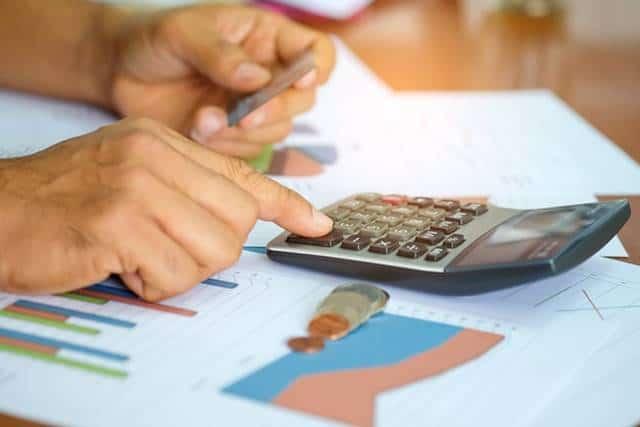wrzucić kredyt firmowy w koszty